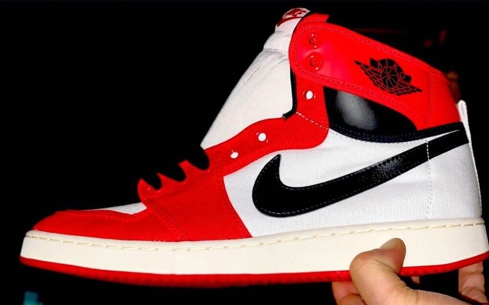 """The first look at the upcoming Air Jordan 1 KO """"Chicago"""". (Photo courtesy of solebyjc)"""