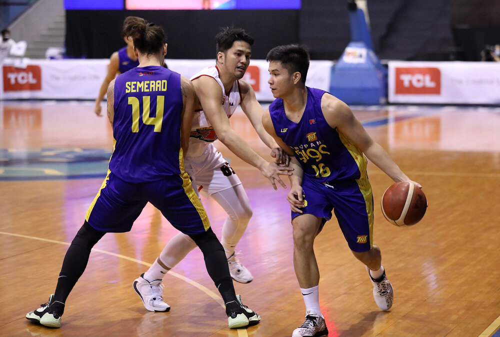 Pogoy erupted for 45 points in TNT's win over Alaska. (Photo via PBA)