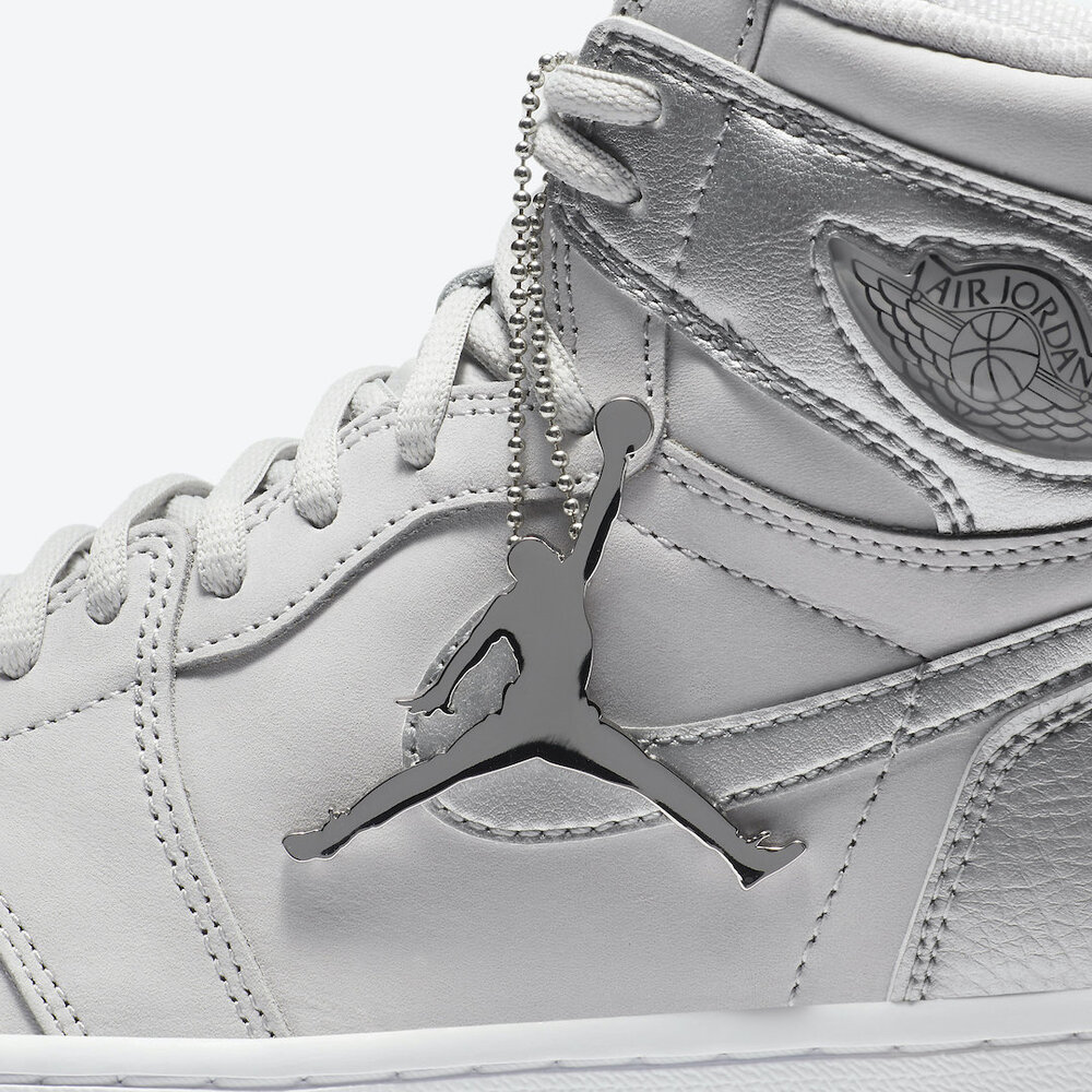 Air-Jordan-1-Japan-Metallic-Silver-DA0382-029-Release-Date-8.jpg