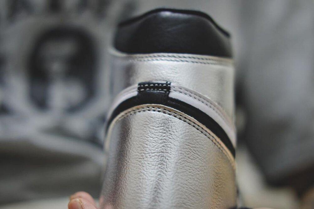 Air-Jordan-1-Silver-Toe-WMNS-CD0461-001-Release-Date-3.jpg