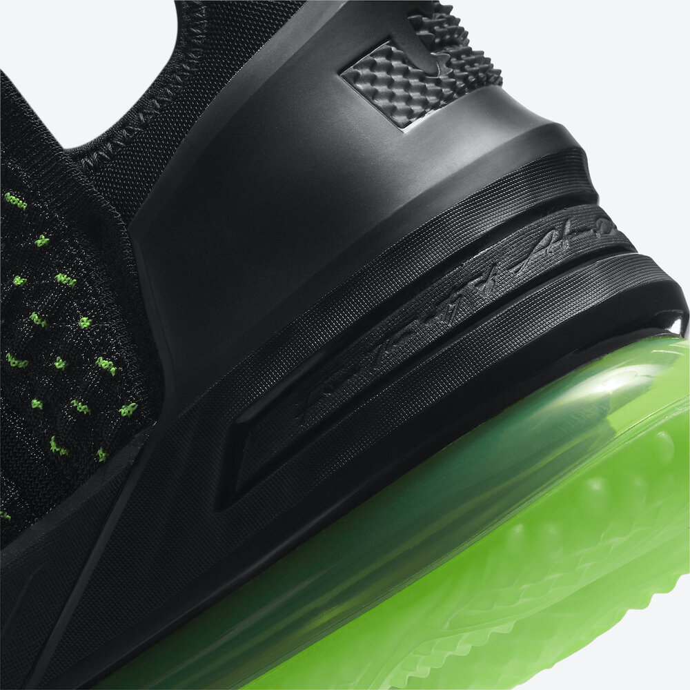 Nike-LeBron-18-Dunkman-CQ9284-005-Release-Date-7.jpg