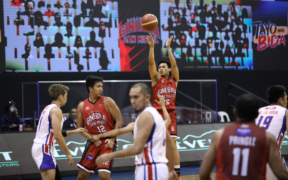 Ginebra's Scottie Thompson tallied a double-double in the loss against Magnolia. (Photo from PBA)