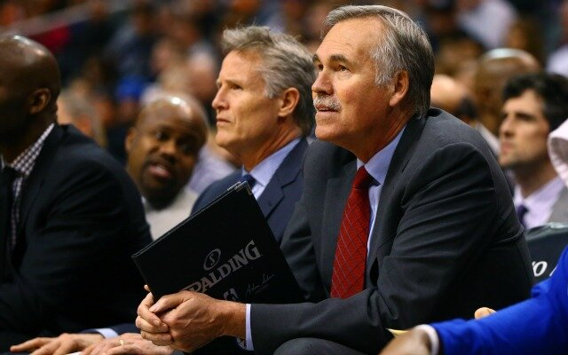 D'Antoni served as associate head coach of Brett Brown in Philadelphia during the 2015-16 season. (Photo by Mark J. Terrill/USA TODAY Sports)