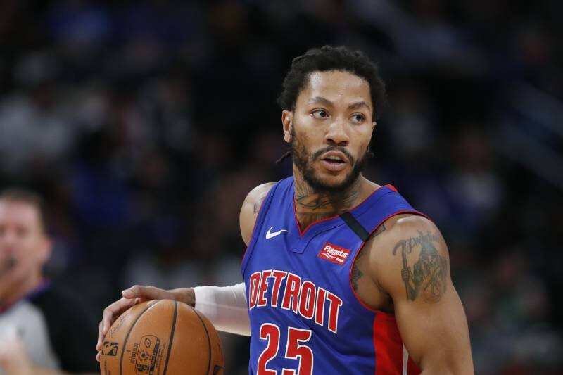 Derrick Rose can help take some load off Clippers stars Kawhi Leonard and Paul George. (Photo by Carlos Osorio/AP)