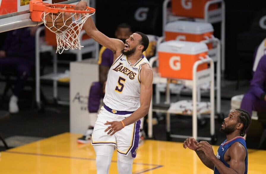 Lakers' Talen Horton-Tucker scores on a breakaway dunk against the Clippers. (Photo via Lakers Daily)
